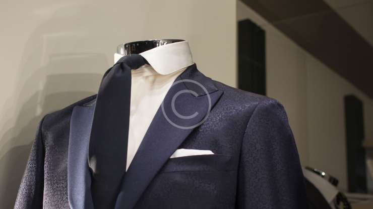 Boost Your Confidence with a Custom Made Suit.
